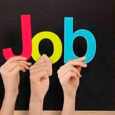 Dubai job seekers A whatsapp group